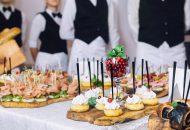 Confiez la préparation de votre anniversaire à un traiteur sur Lyon